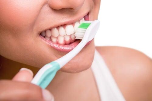 gazlı içecekler ve diş sağlığı
