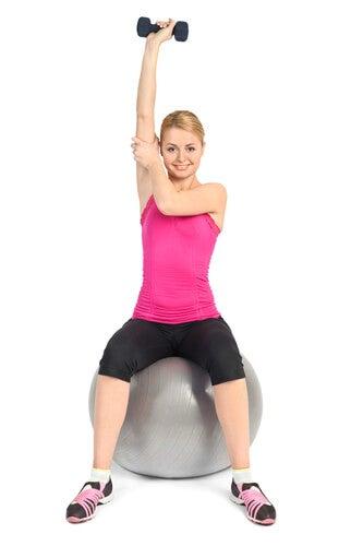 ağırlık ve pilates topu