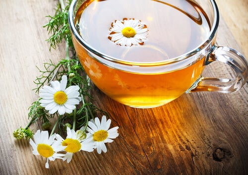 sindirime iyi gelen papatya çayı