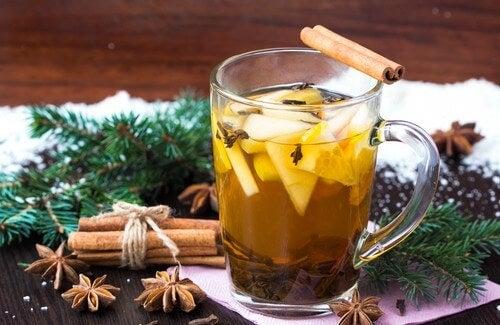 Kan Şekeri ve Kolesterol İçin Tarçın Çayı