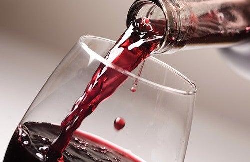Her Gün Şarap İçmenin Faydaları