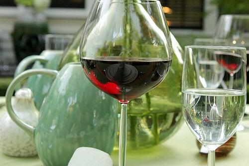 şarap kadehi