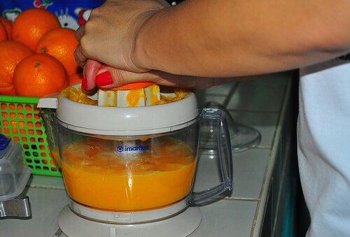portakal suyu sıkacağı
