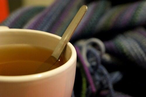 bir fincan bitki çayı