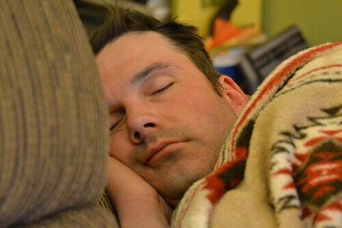yemekten hemen sonra uyumak
