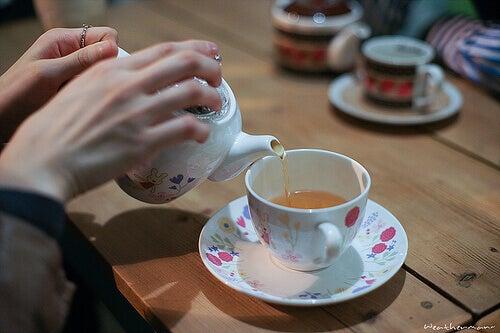 Sinir Sistemini Güçlendiren Bitki Çayları