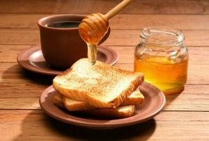 tost ekmeğine bal akıtmak