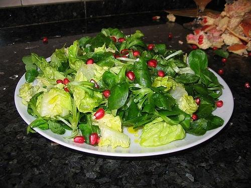 kilo vermek için narlı yeşil salata