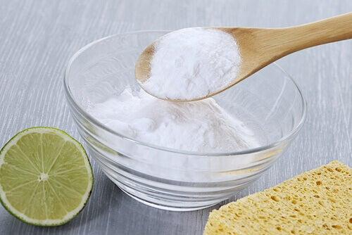 limon ve karbonatla çamaşır yıkamak