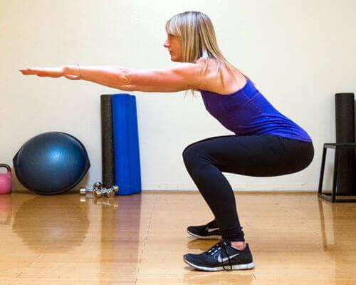 çömelme squat egzersizi