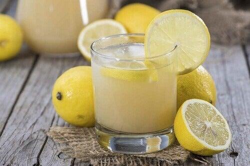 4-limon-suyu