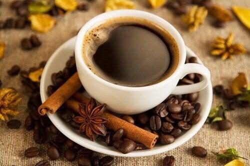Kahvaltıda Kahve İçmek ve Faydaları
