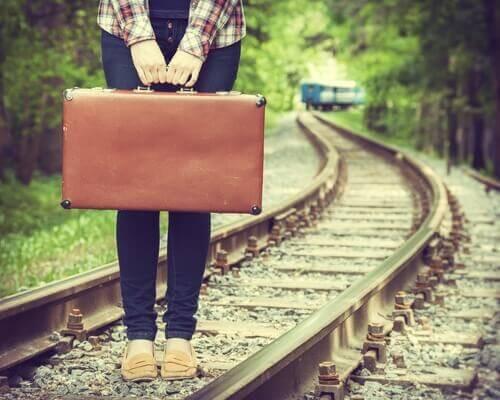Mutlu ve Yalnız Olmak: Mümkün müdür?