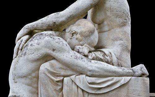 1-acı-heykeli