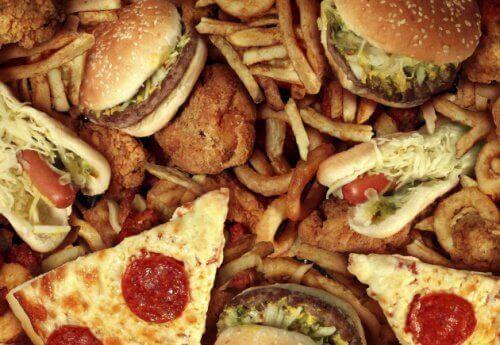 hazır gıda hamburger pizza patates