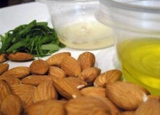 almond-oil-beneficial-properties