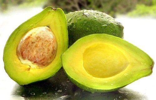 karaciğeri temizlemek için avokado