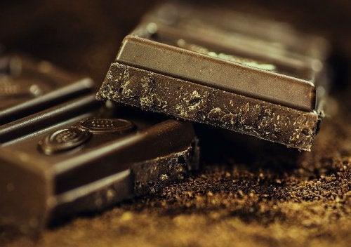 Bitter Çikolata ve Vücudunuza Etkileri