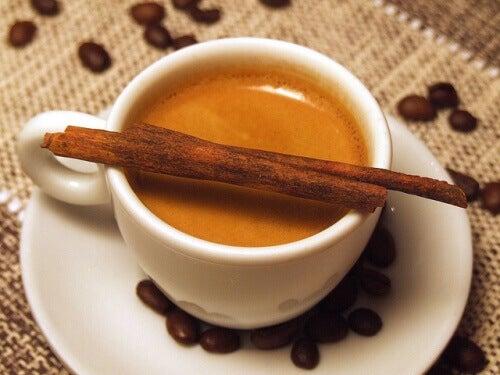 Sağlıklı Kahve Tüketimi İçin Öneriler