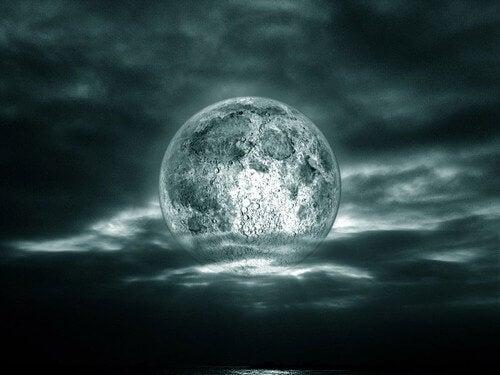 Ay Yaşamınızı Etkileyebilir mi?