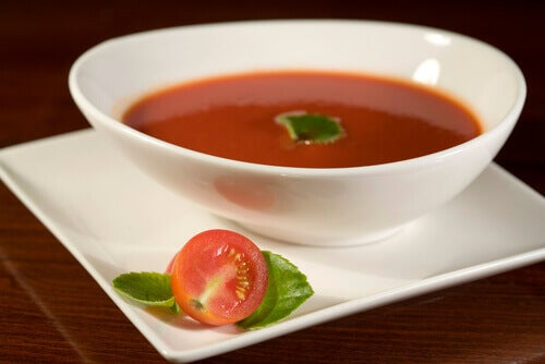 domates-çorbası