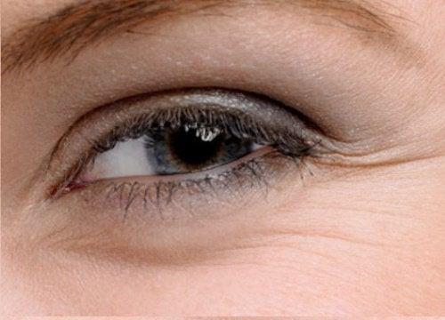Güzel Gözler için 5 Ev Yapımı Yöntem