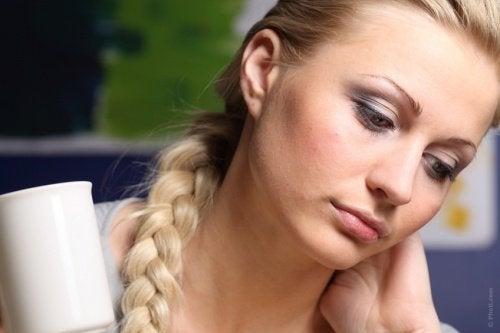 mutsuz kadın