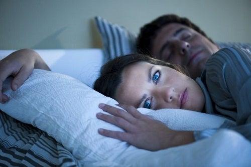 kilo vermenizi engelleyen bir sebep uykusuzluk