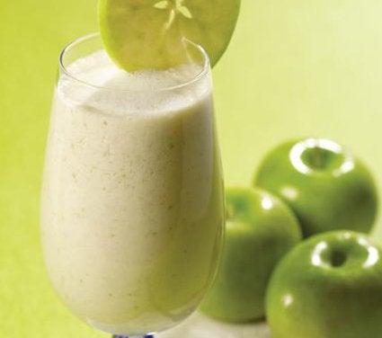 yeşil elma smoothiesi
