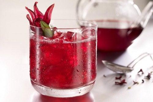 Karın Yağları İçin Etkili Çay Tarifleri