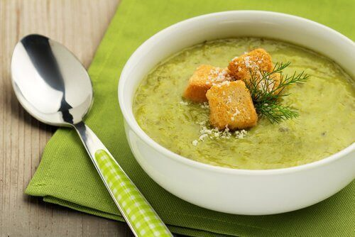 yeşil kereviz çorbası