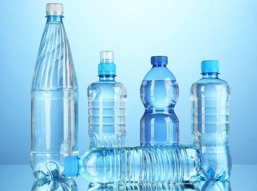 şişe su içmenin zararları