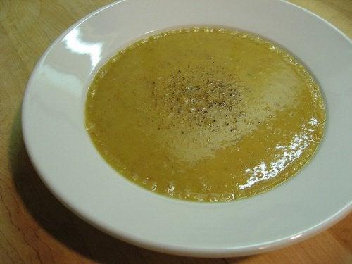 akşam yemeği için çorba