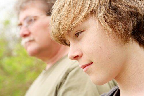 Ergenlik Çağında Olan Bir Gence Vermeniz Gereken 3 Şey
