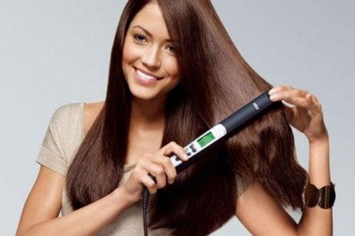 saç düzleştirici