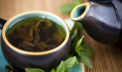 Yeşil Çay, Limon ve Stevia ile Vücudu Arındırmak