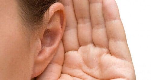 Kulak Çınlaması: Sebepleri ve Tedavileri