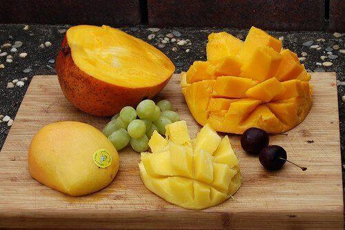 2-mango-ve-papaya