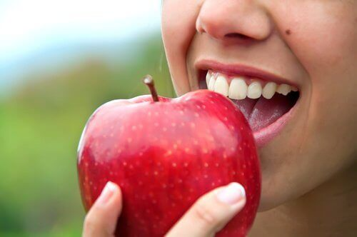 Akşam Yemeğinden Sonra Meyve Yemeli mi?