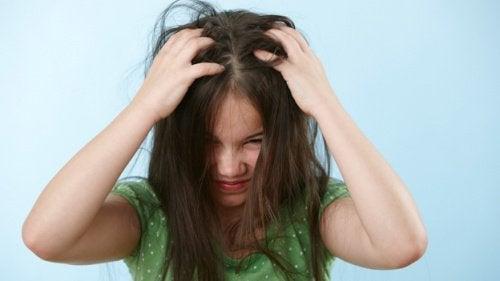 çocuklarda saç kaşıntısı bit pire