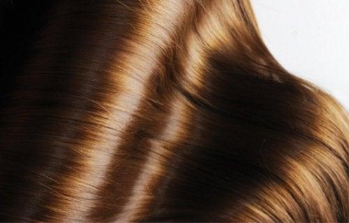 parlak saç