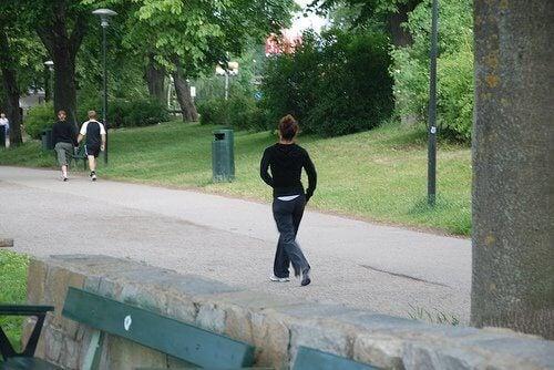 parkta-yürümek