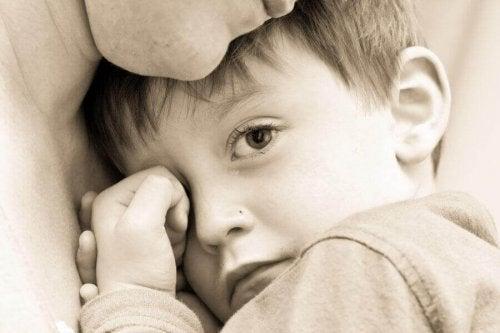 Ebeveynlerin Fark Etmediği 7 Toksik Davranış