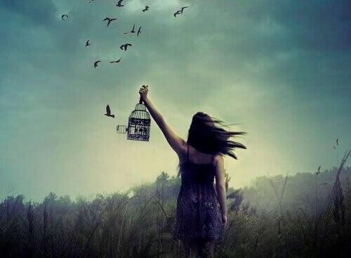 kadın kuş