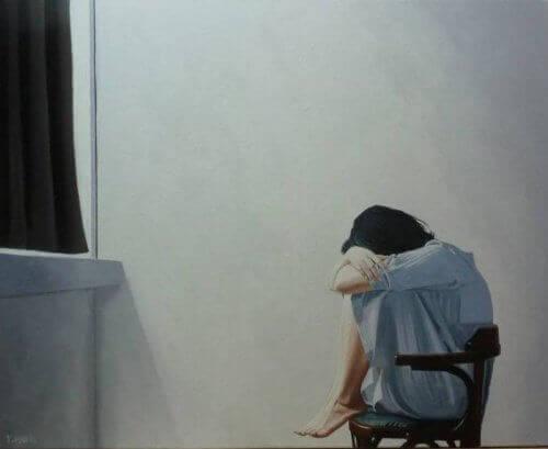yalnızlık duyan kadın
