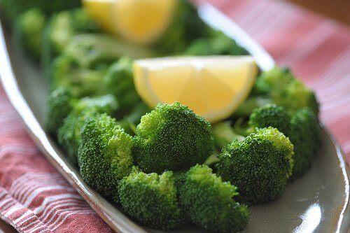 3-brokoli-tarifi
