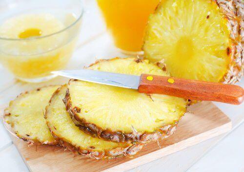 ananas maskesi ile göz bakımı