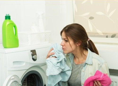Elbise Çamaşır Yumuşatıcıları Sağlık Açısından Zararları Nelerdir?