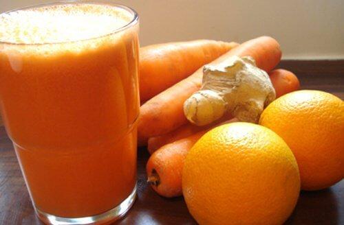portakal ve zencefilli içecek