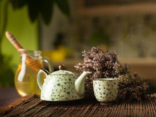 bal ve çay